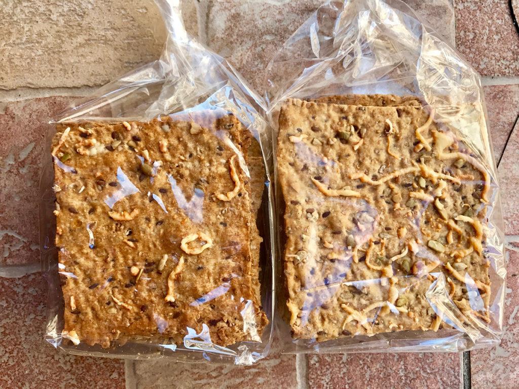 rohlicek-tvrde-krupave-chleby