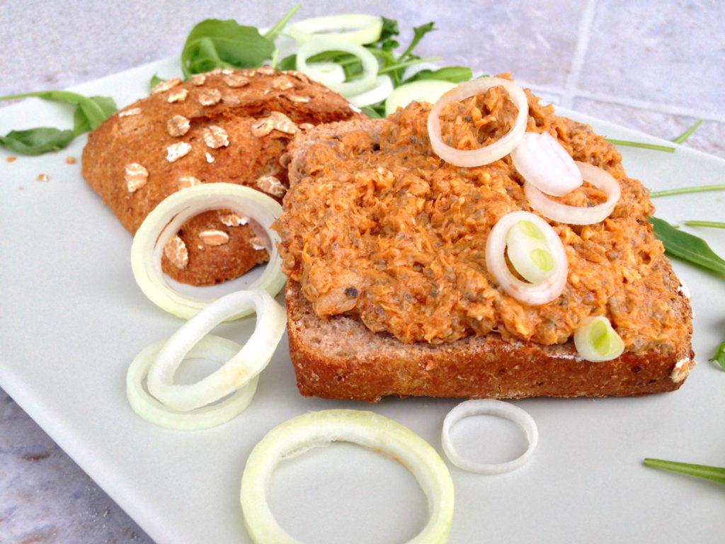 rohlik-rybickova-pomazanka