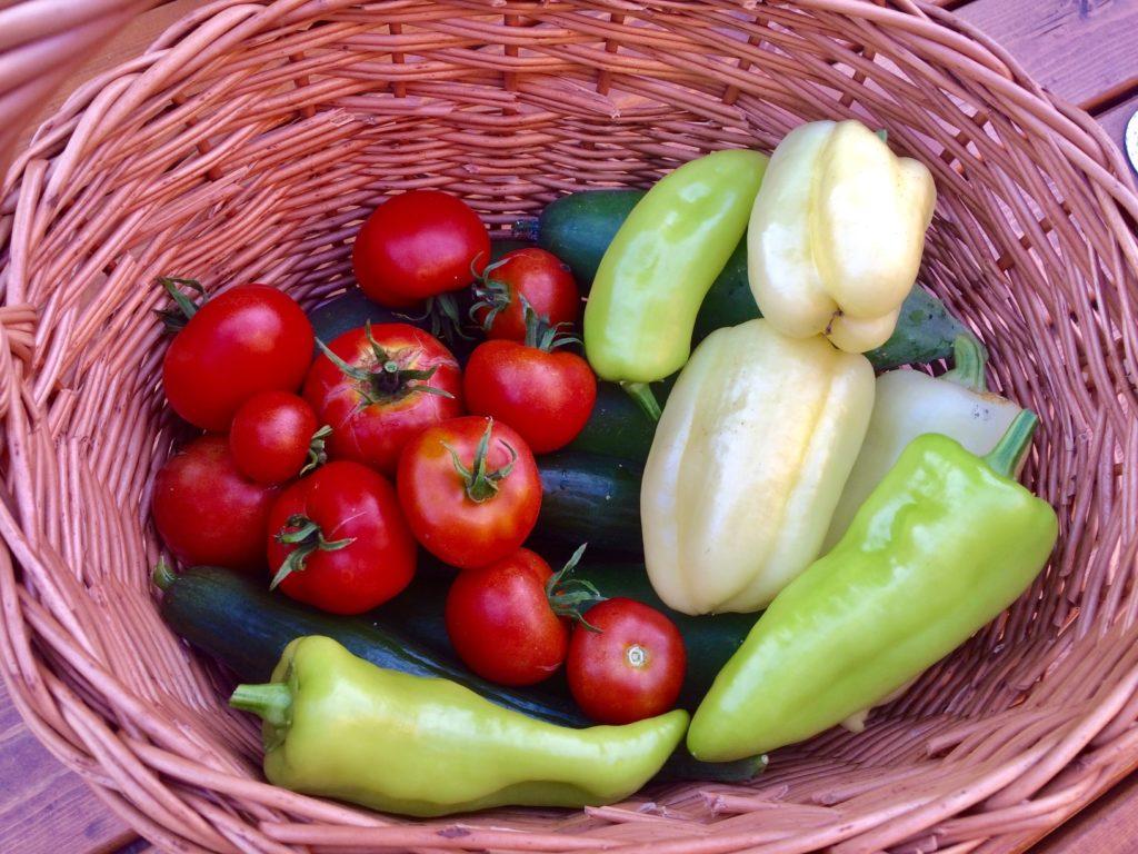 rohlik-domaci-zelenina