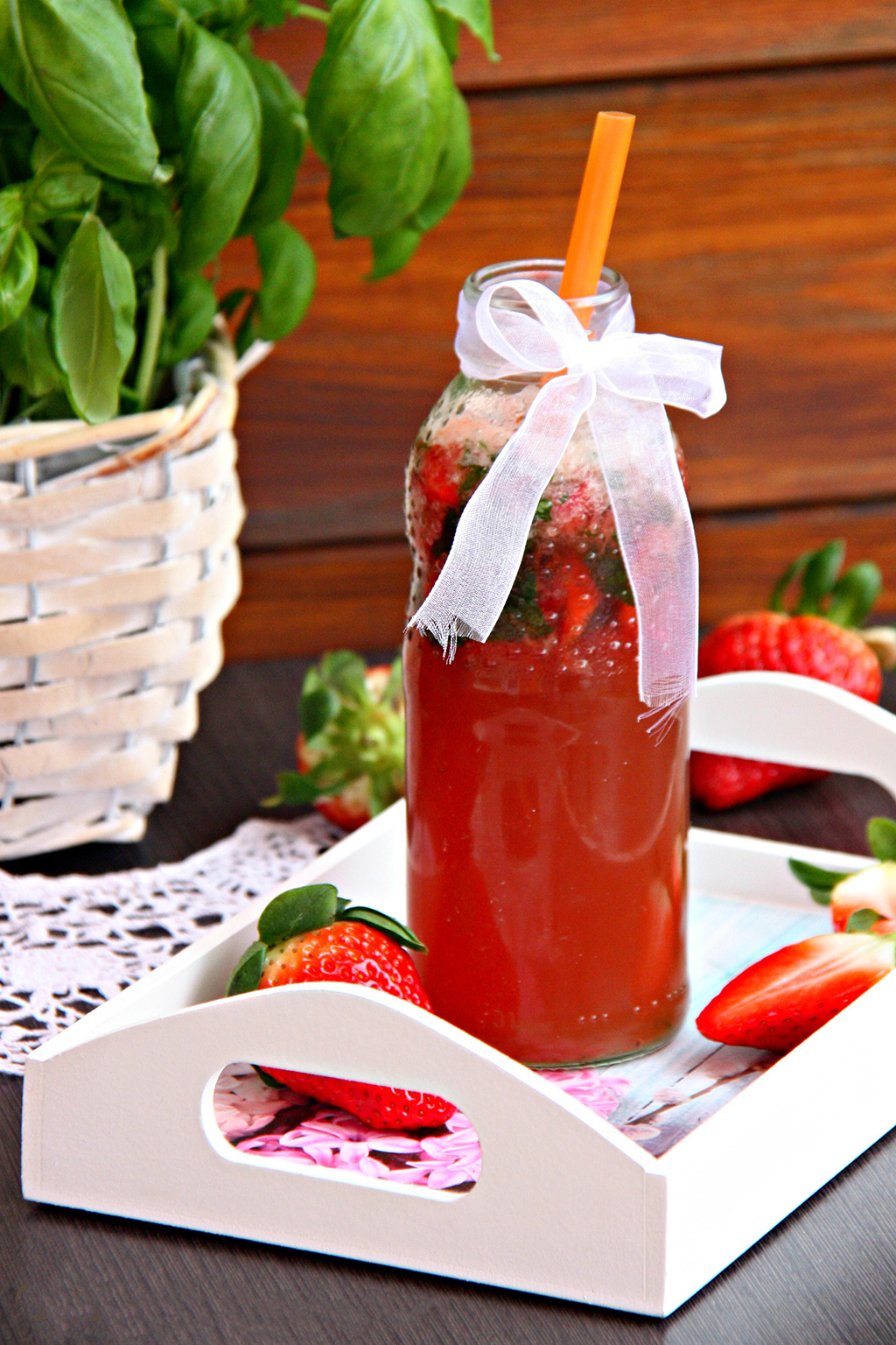 jahodova limonada s bazalkou recept